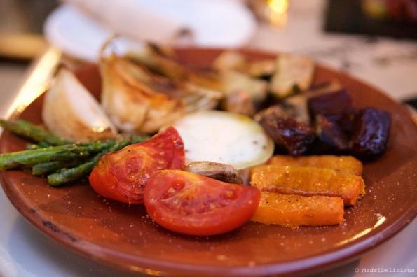 Légumes grillés, fromage de chèvre et huile de truffe