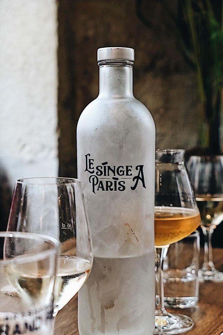 Le Singe à Paris