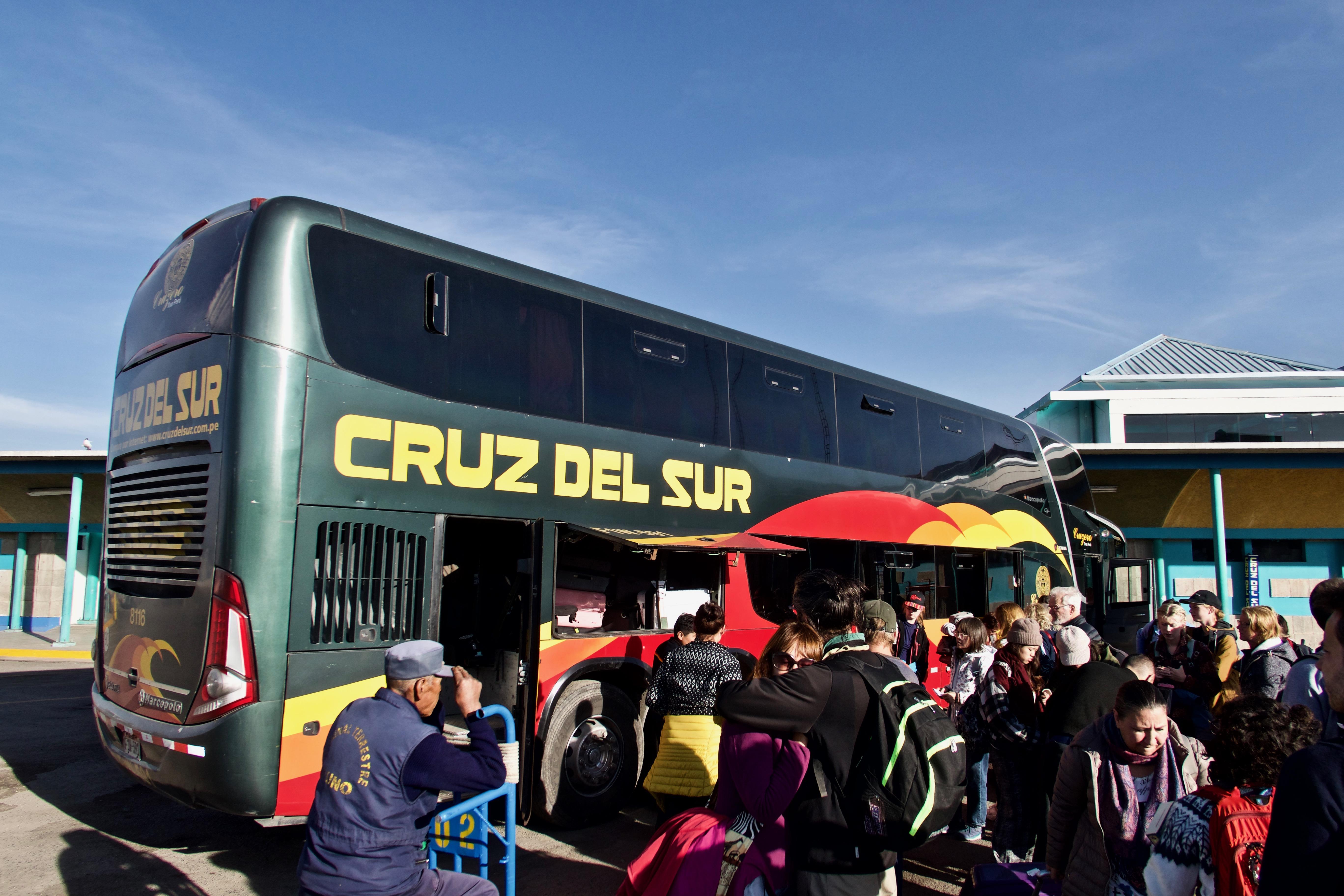 Bus Cuzco Puno